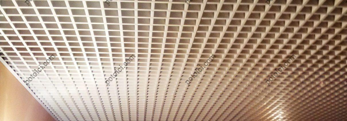Металлический потолок Грильято, ячейка 100х100