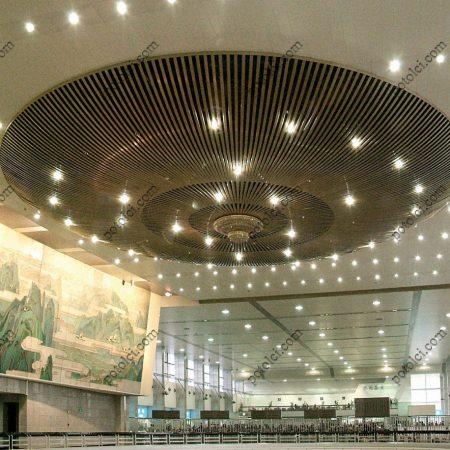 Гнутые подвесные реечные потолки