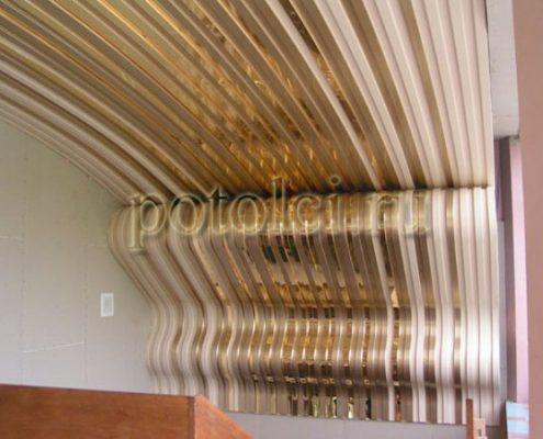 Реечный потолок, гнутые панели тип 84R Luxalon Люксалон