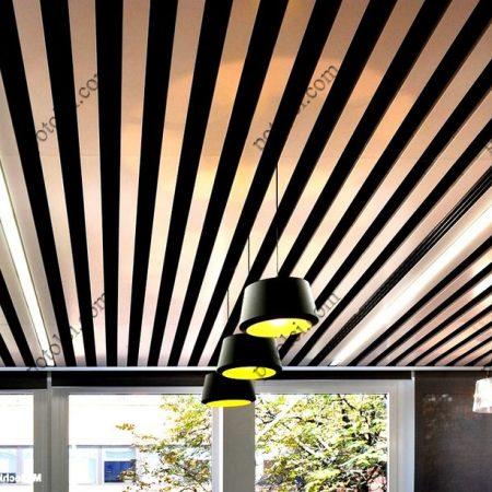 Подвесной реечный кубообразный потолок Комби