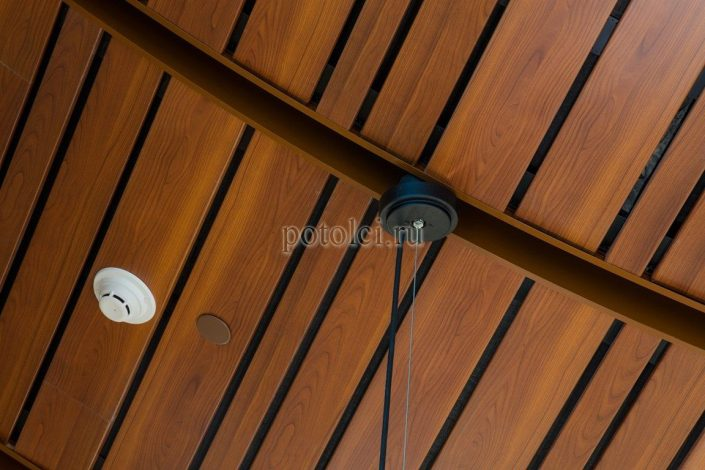 Подвесные реечные потолки Luxalon