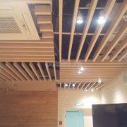 Уникальный кубообразный реечный потолок Униформ БАРД