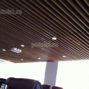 Подвесные реечные потолки. Панели из МДФ, шпон Орех.