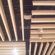 Подвесной реечный потолок Униформ, цвет Молочный дуб