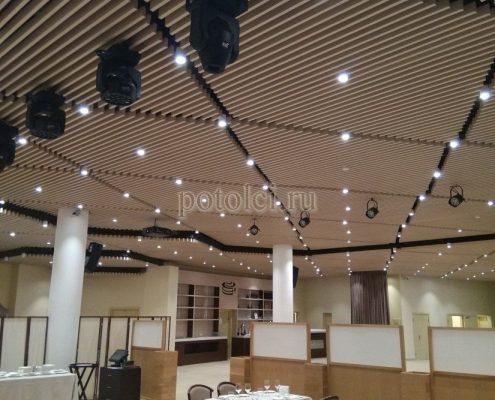 Дизайнерские реечные потолки Униформ