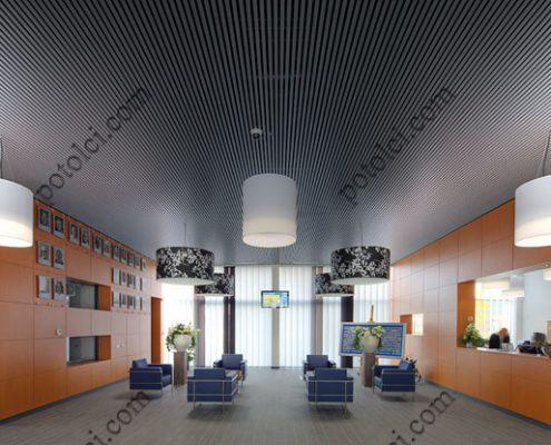 Кубообразные подвесные реечные потолки в холле