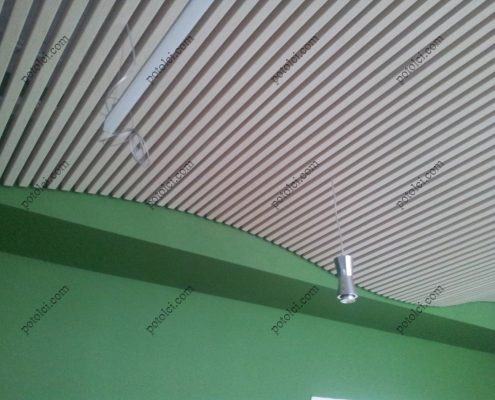 Монтаж кубообразного потолка Бард с эффектом волны