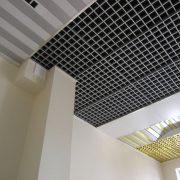Разноуровневый растровый потолок грильято Жалюзи