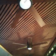 Подвесной потолок Комби Бард в ресторане